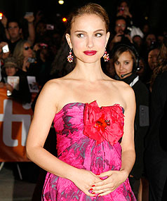 Natalie Portman is reportedly dating a ballerina.
