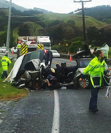 Two killed in crash on SH1 north of Wellington | Stuff.