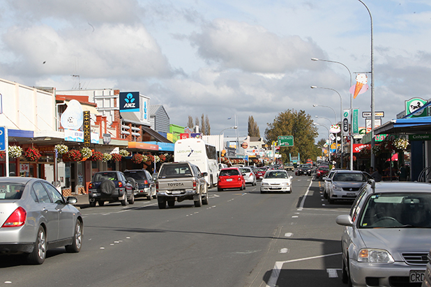 BUSTLING: Maniapoto St, the main street of Otorohanga, is a hive of activity and refreshingly free of the   truck menace that curses so many towns.