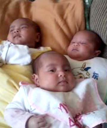 Triplets, including Hinekawa Topia