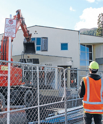 Queenstown Memorial Hall demolition work