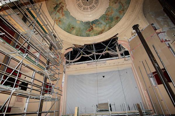 Isaac Theatre Royal damage