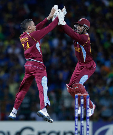 Sunil Narine and Denesh Ramdin