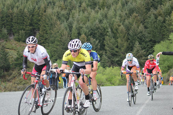 Andy Mackay rides the Tour of Southland
