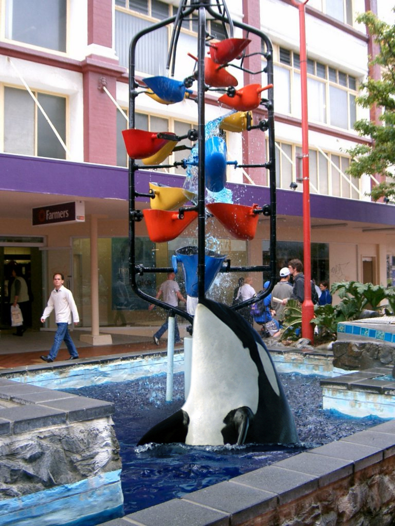 Orca bucket fountain (Ezra Kedell)