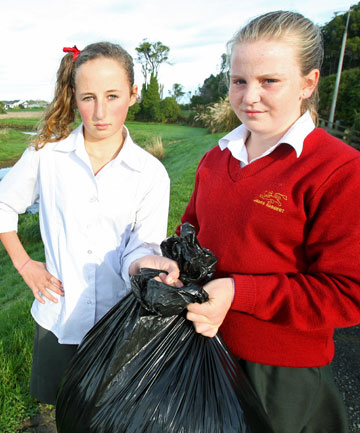 Caitlin Lawson and Ruby Donaldson, rubbish