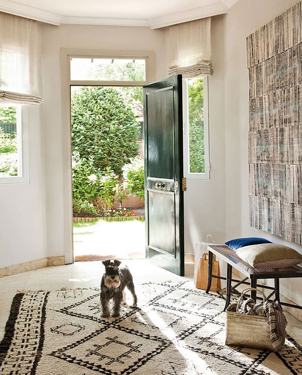 Foyer Area News : Eight ways to make a great first impression with your