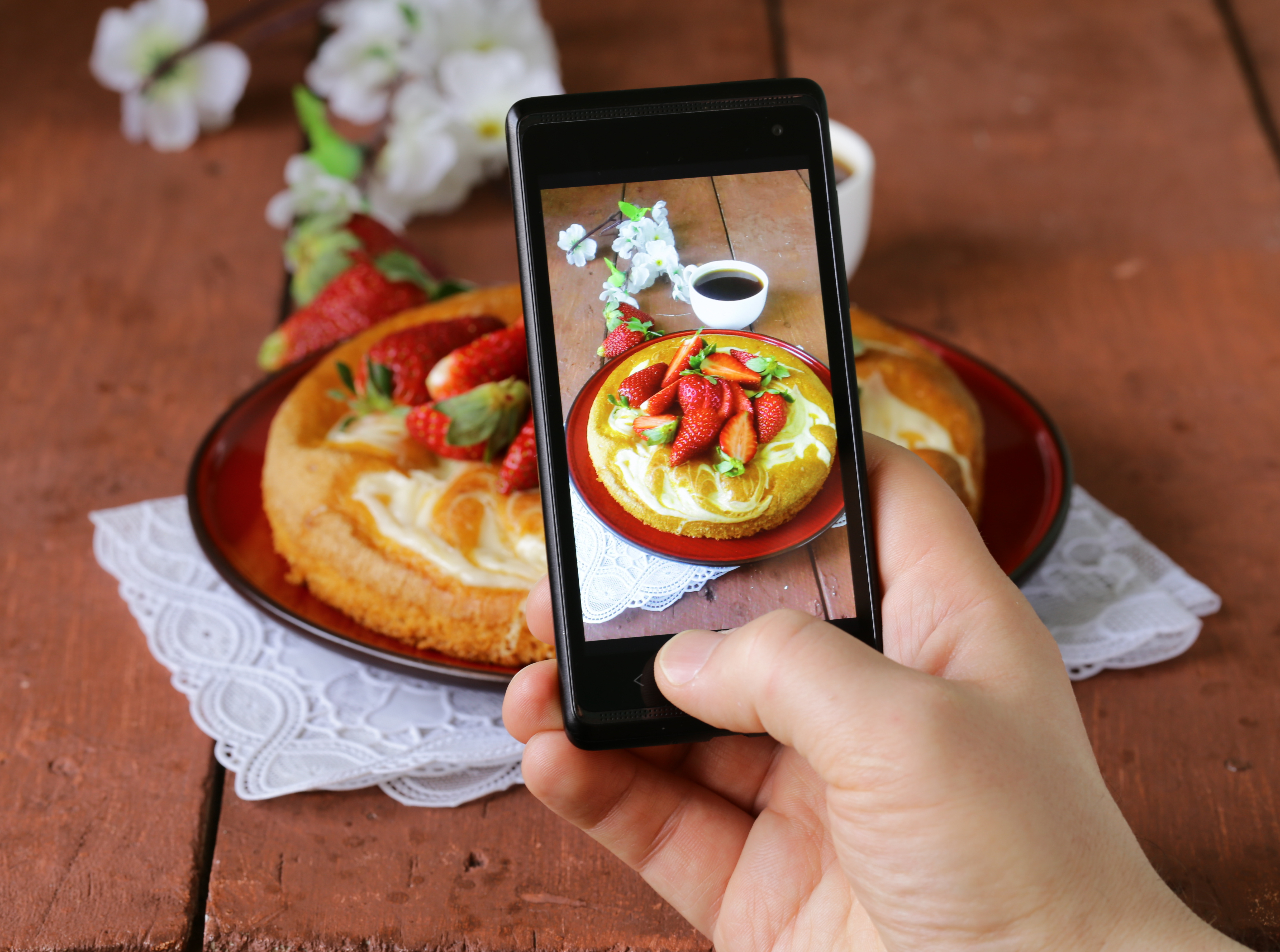 Best Phones For Taking Food Pictures